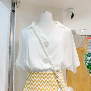 2019夏装简约宽松单排扣西装领休闲白色<span class=H>上衣</span>百搭衬衫女设计感小众