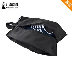 小黑裙<span class=H>鞋子</span>收纳袋户外男女旅行鞋包衣物行李箱整理挂袋皮鞋防尘罩