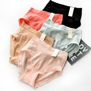 女士无痕中腰<span class=H>内裤</span>性感蕾丝舒适弹力棉质面料三角短裤包臀提臀裤头