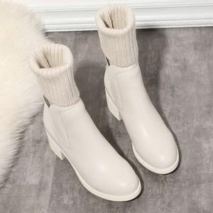 毛线筒<span class=H>短</span>靴白色<span class=H>靴子</span>2017冬季<span class=H>针织</span>中筒靴女平底棉靴粗跟袜靴弹力靴
